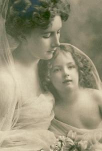 madre e hija foto antigua